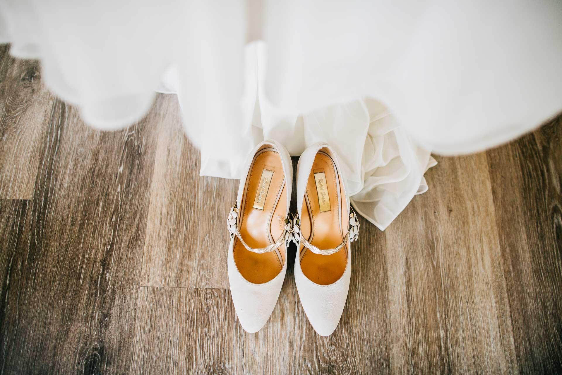 Caswell House Wedding Photography - Emma & Pete-2