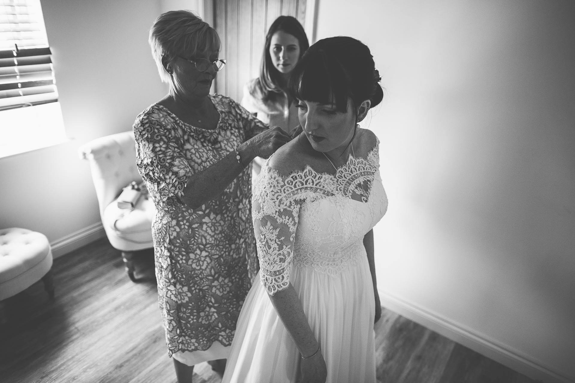 Caswell House Wedding Photography - Emma & Pete-59