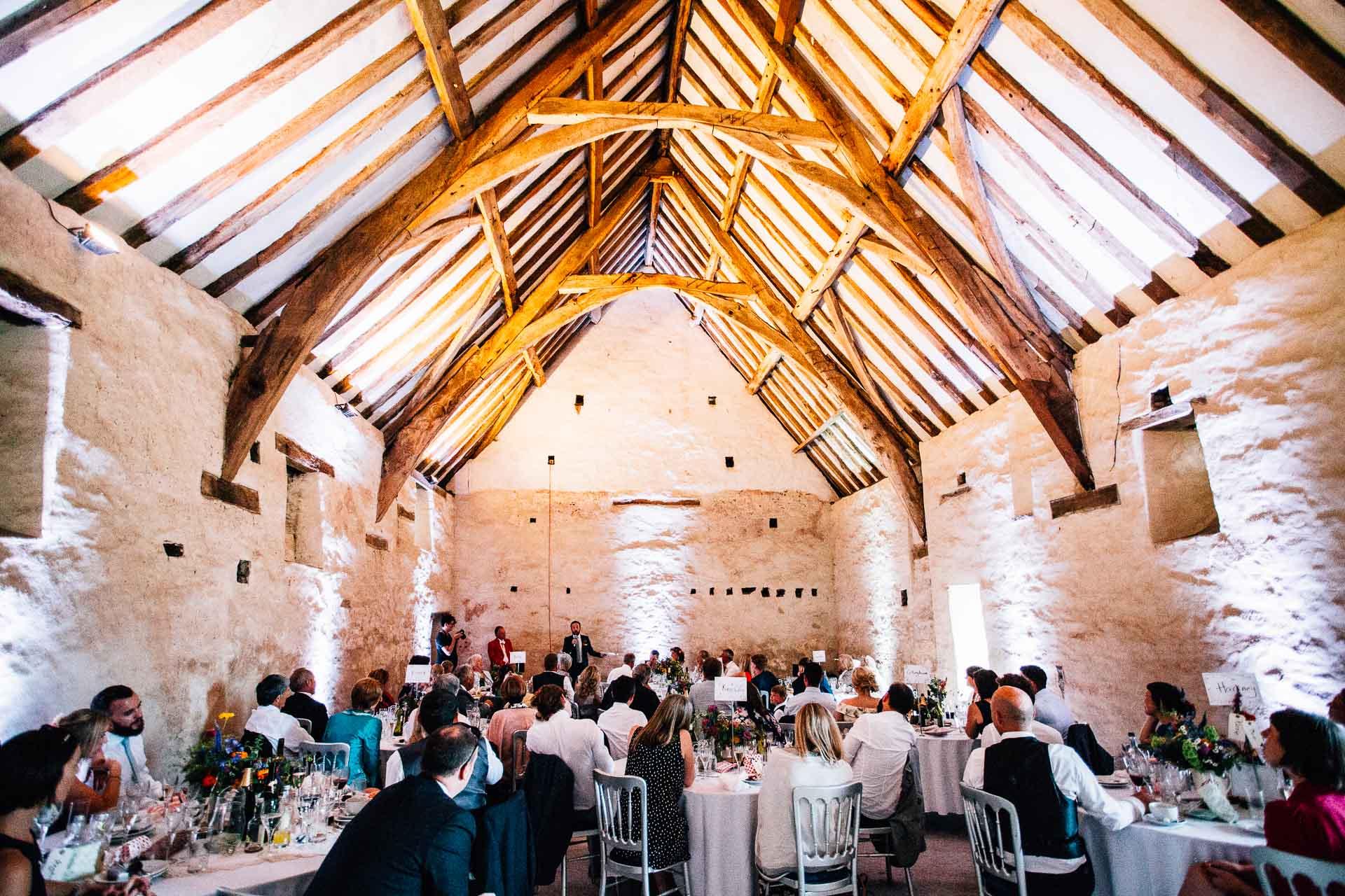 winterbourne-medieval-barn-wedding-photography-emma-andrew-104