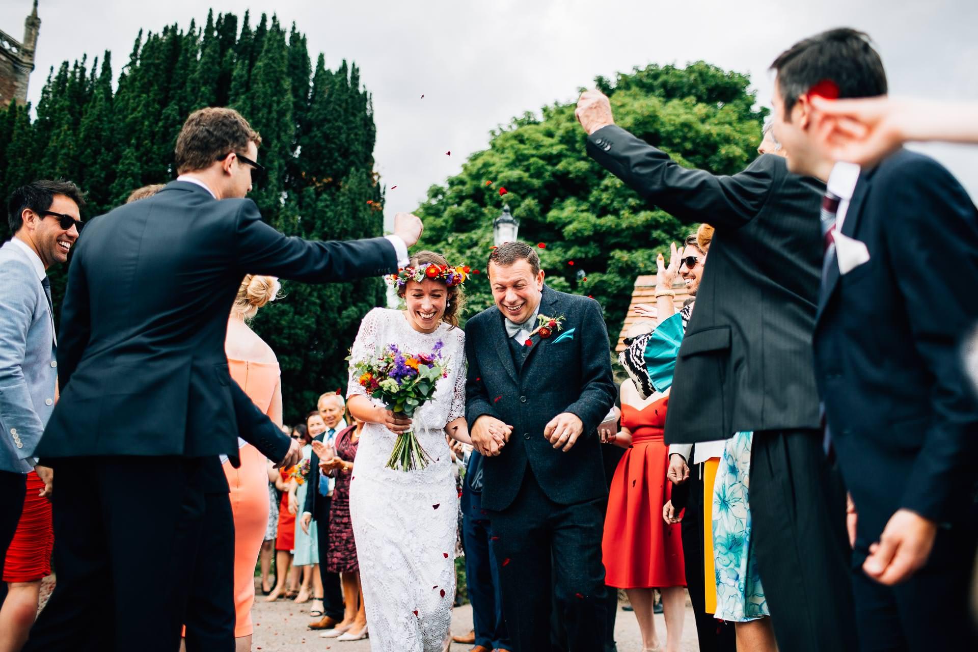 winterbourne-medieval-barn-wedding-photography-emma-andrew-65