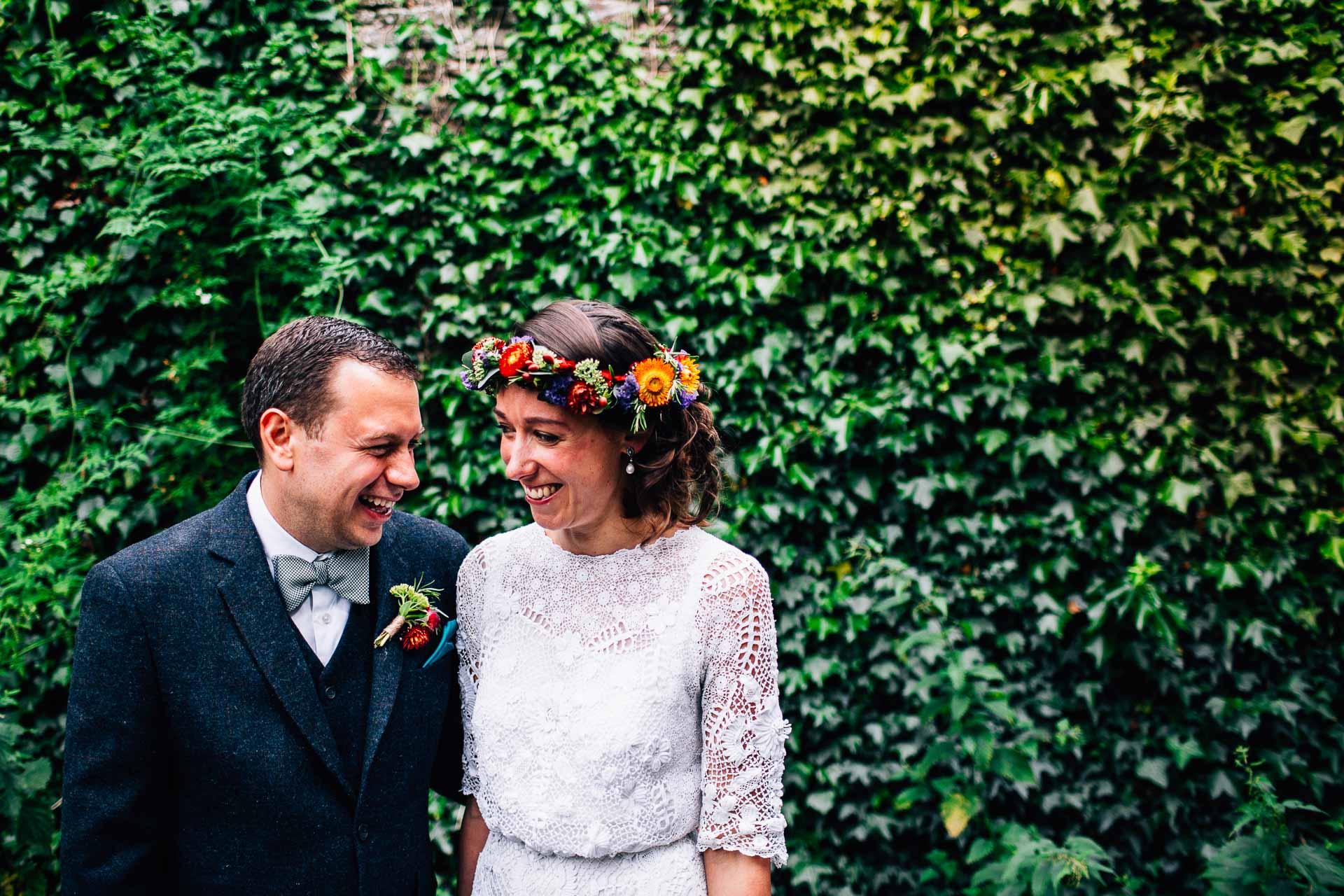 winterbourne-medieval-barn-wedding-photography-emma-andrew-75