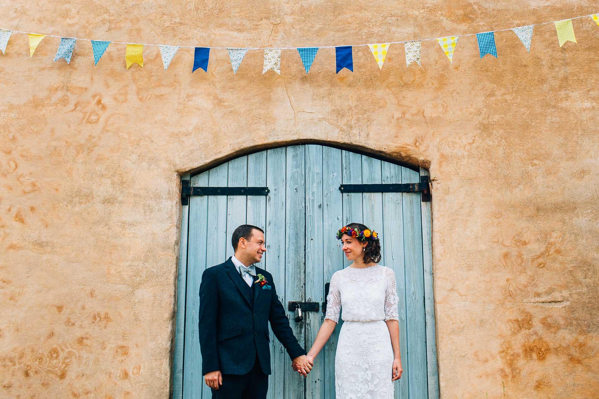 winterbourne-medieval-barn-wedding-photography-emma-andrew-87