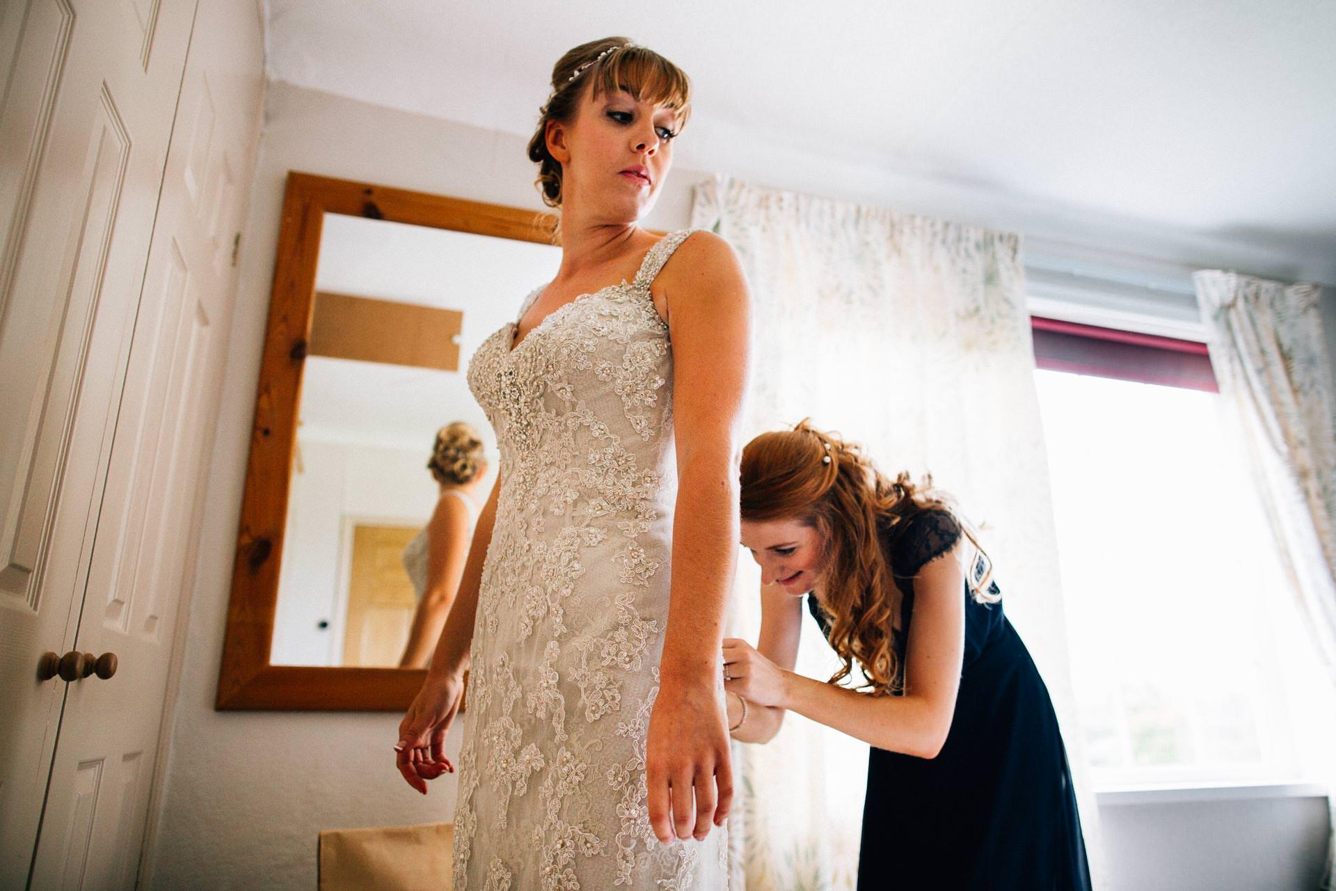 cheshire-rustic-farm-wedding-photography-helen-simon-17