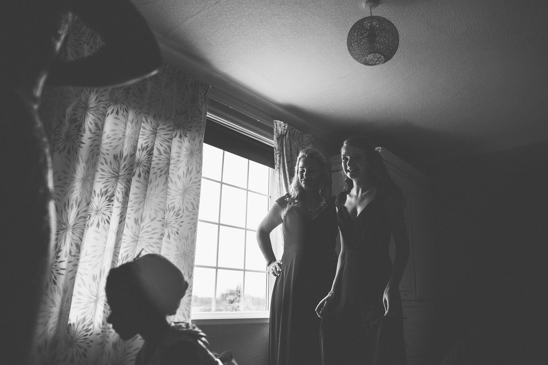 cheshire-rustic-farm-wedding-photography-helen-simon-18
