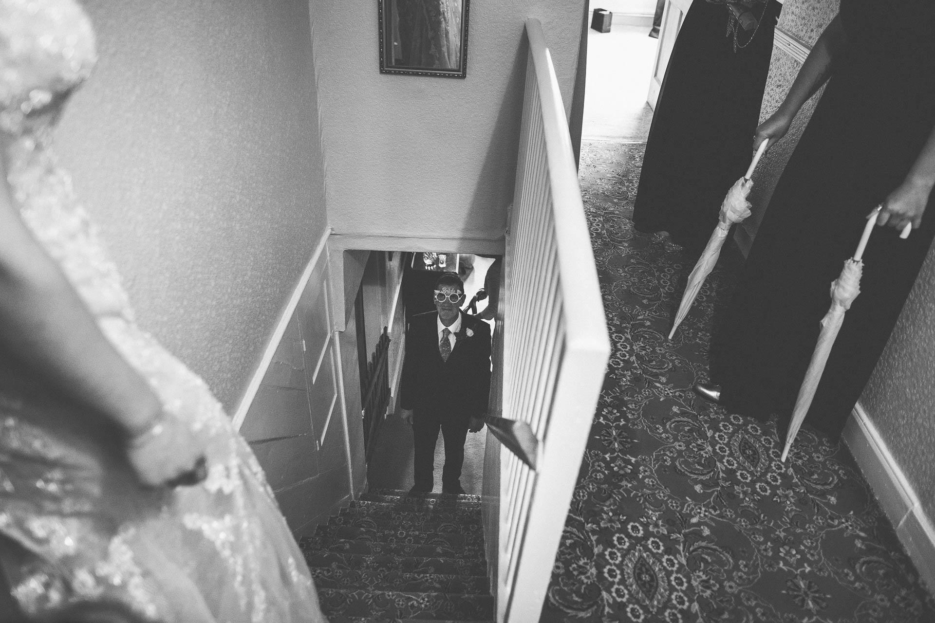 cheshire-rustic-farm-wedding-photography-helen-simon-25