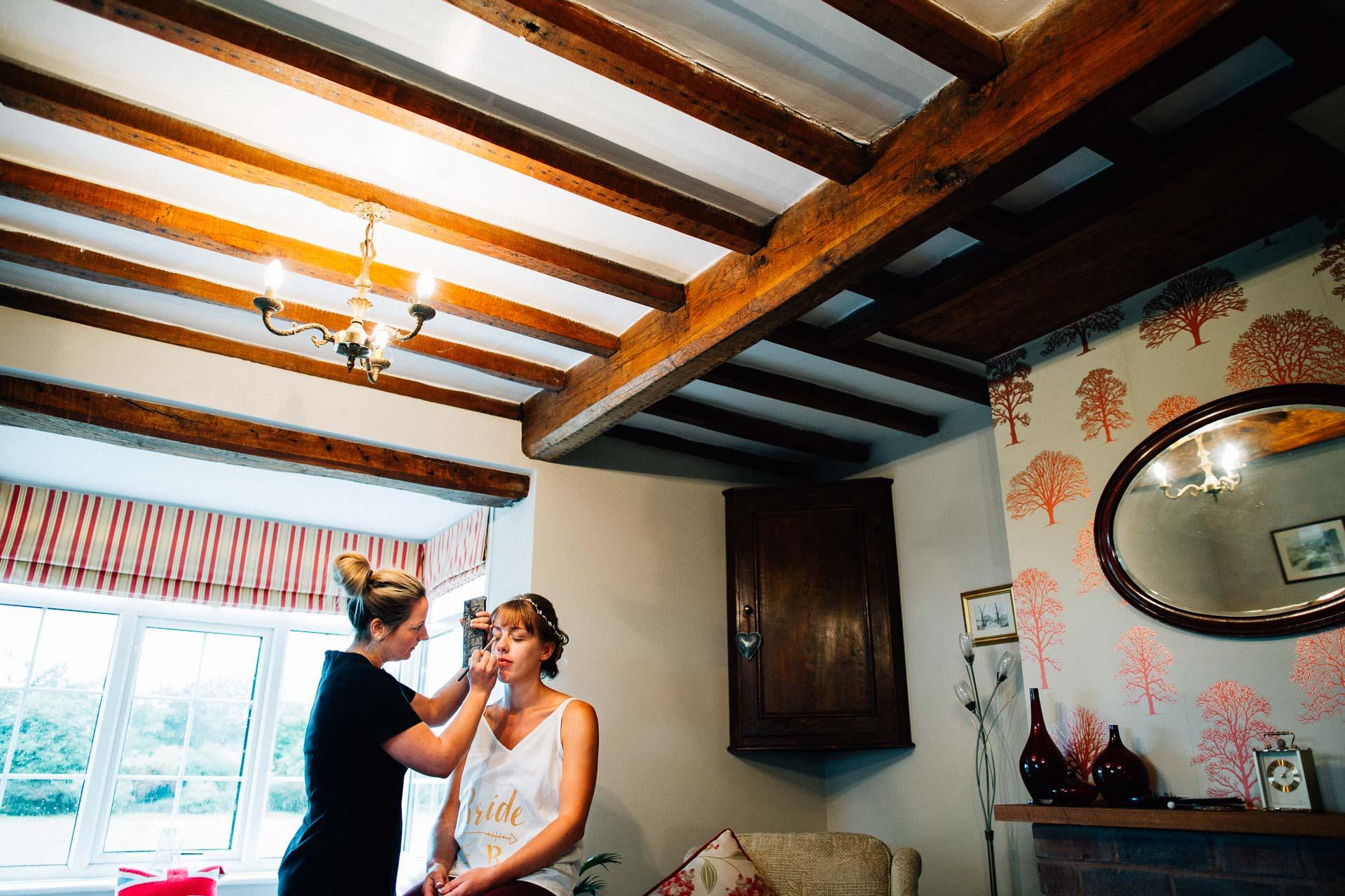 cheshire-rustic-farm-wedding-photography-helen-simon-3