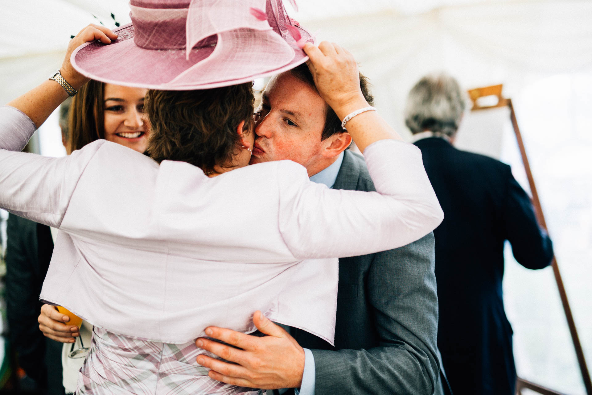 cheshire-rustic-farm-wedding-photography-helen-simon-46