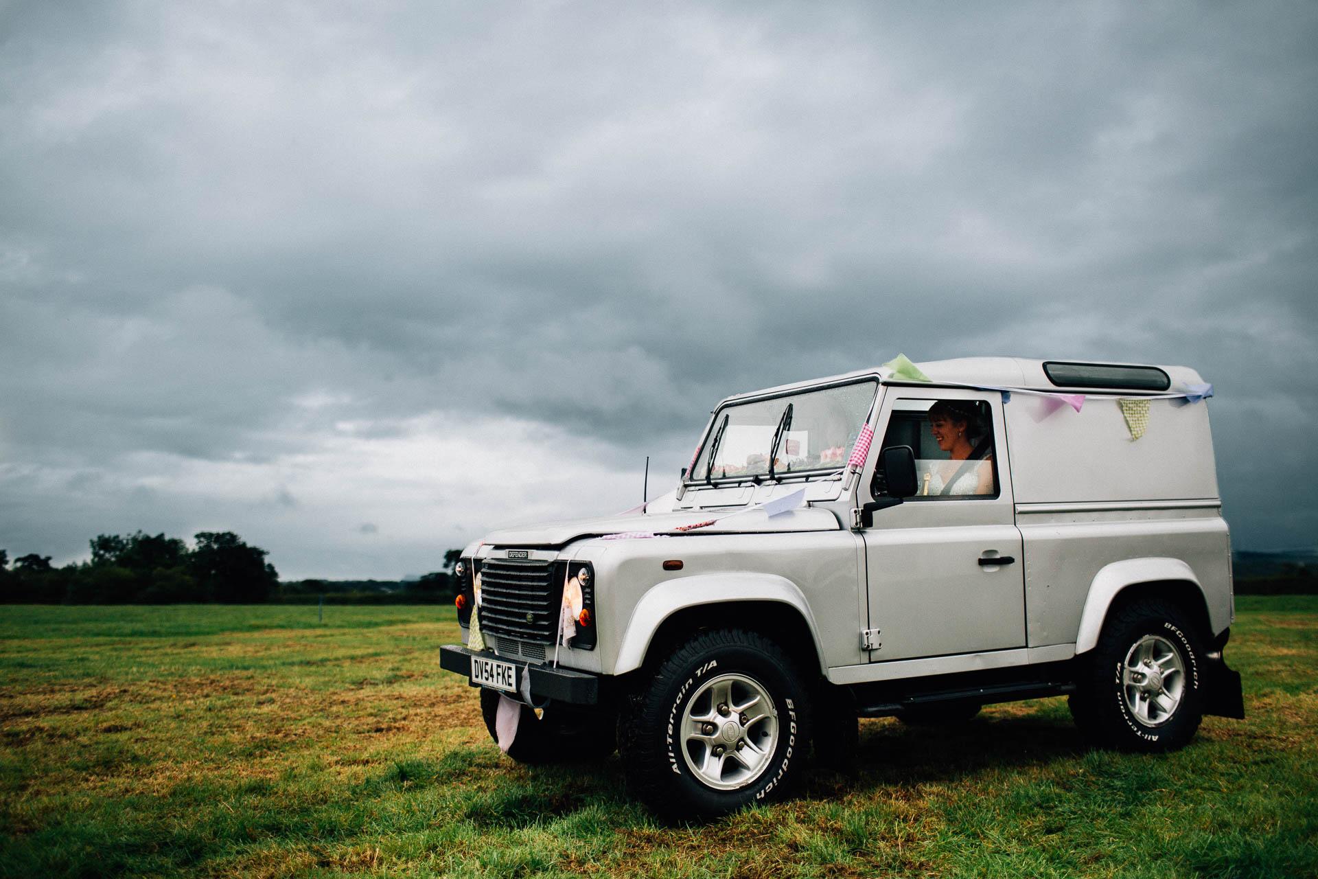 cheshire-rustic-farm-wedding-photography-helen-simon-47