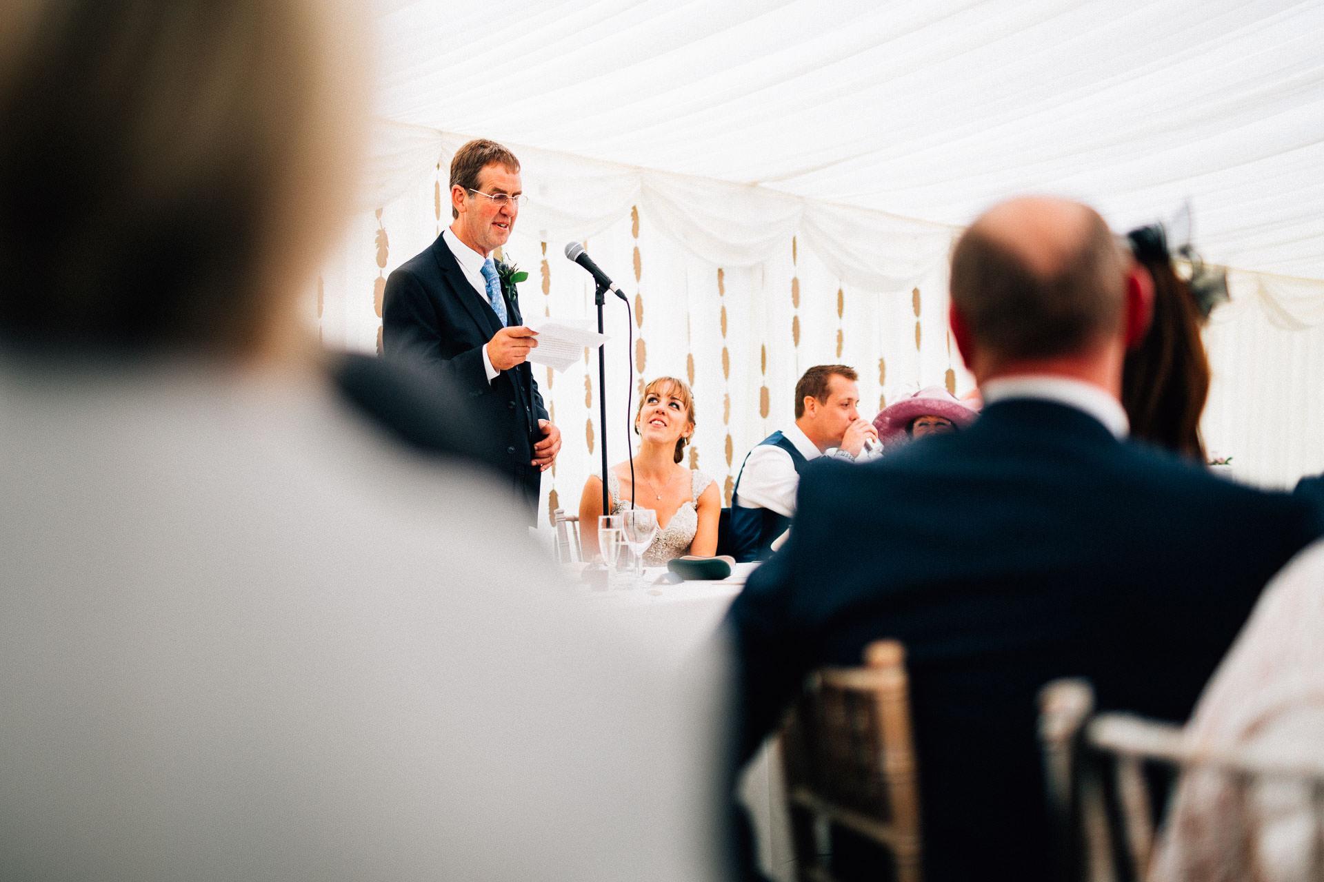 cheshire-rustic-farm-wedding-photography-helen-simon-61