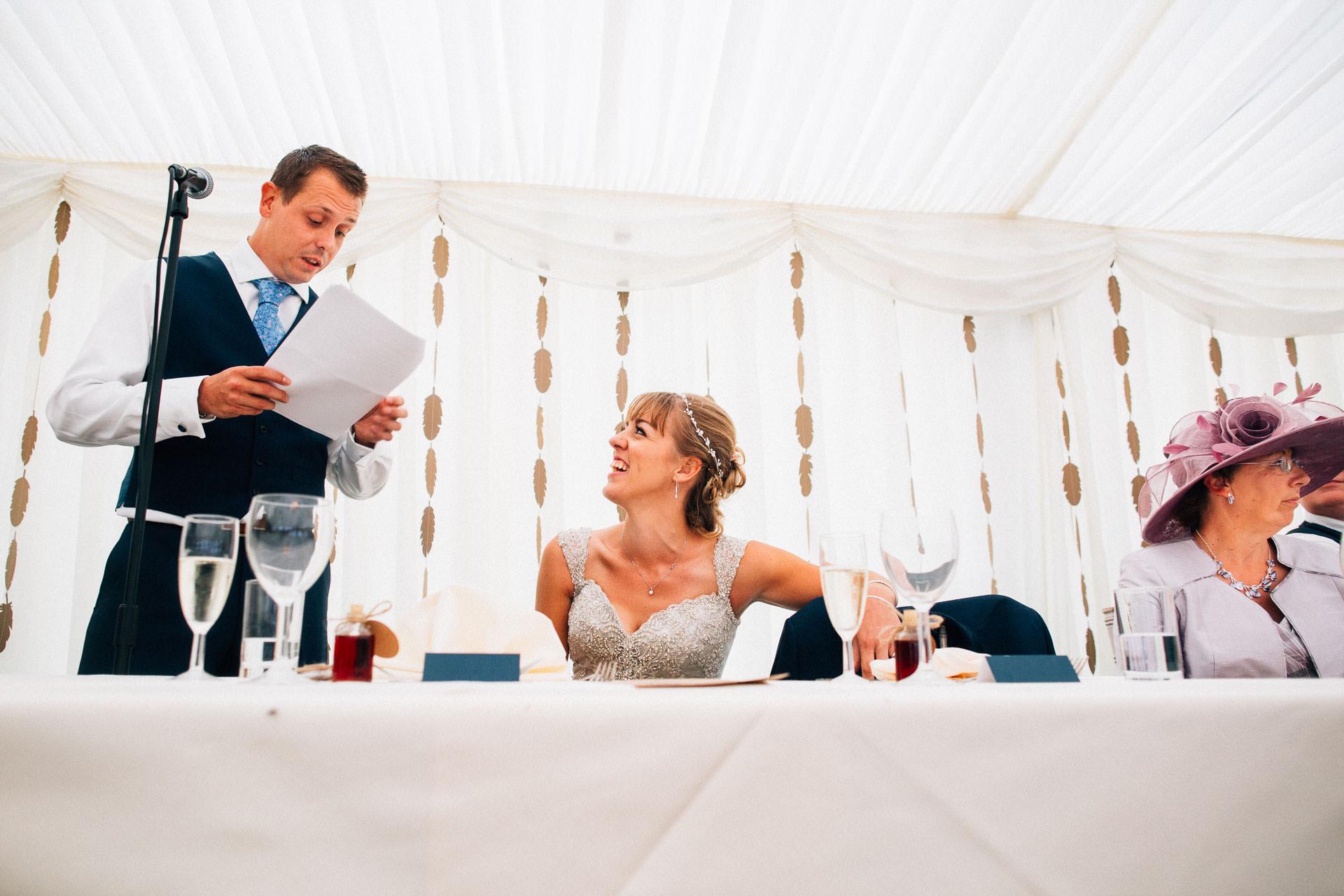 cheshire-rustic-farm-wedding-photography-helen-simon-66