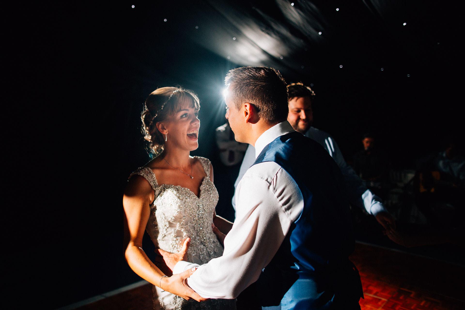 cheshire-rustic-farm-wedding-photography-helen-simon-80