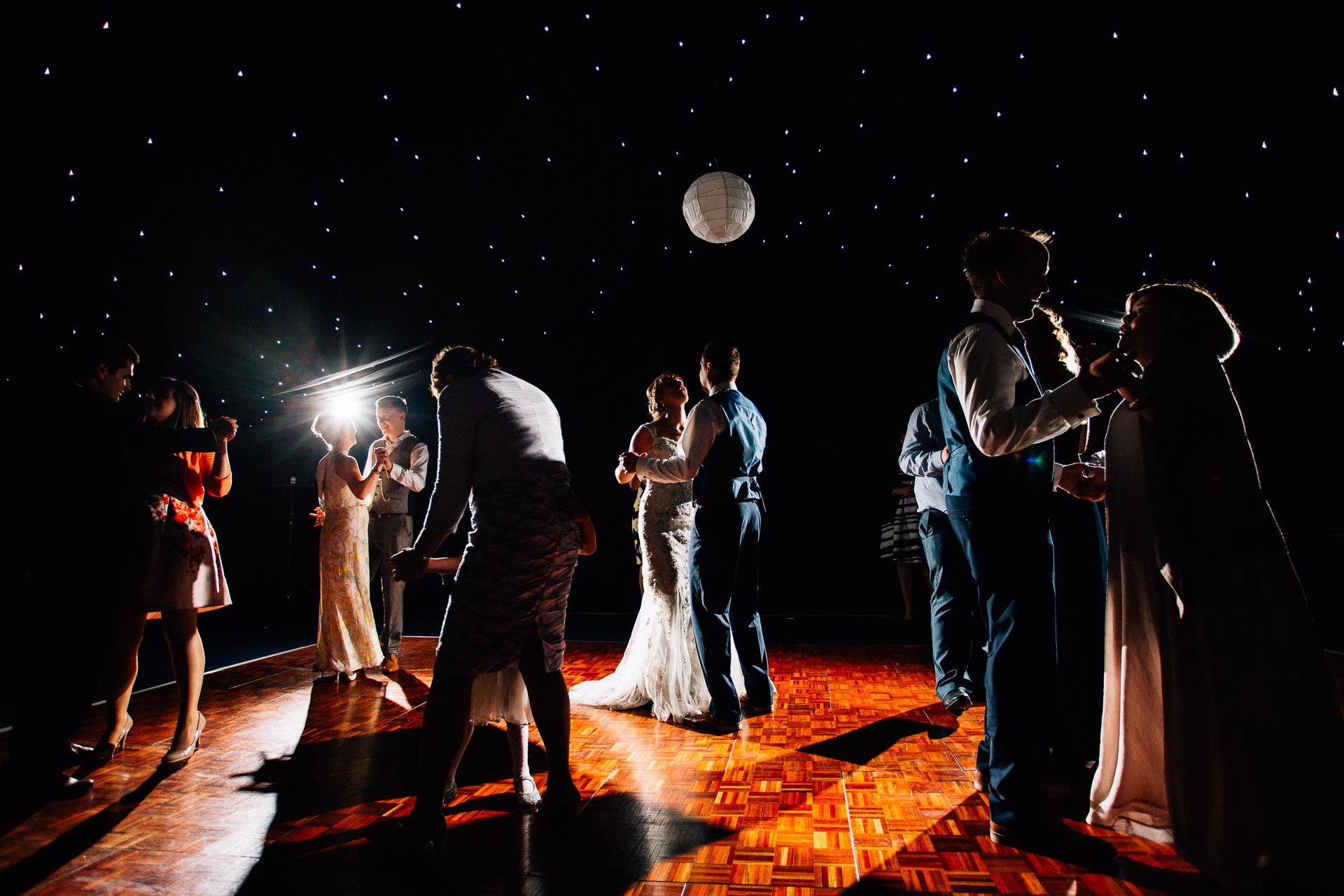 cheshire-rustic-farm-wedding-photography-helen-simon-81